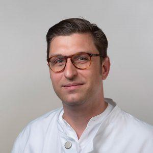 Dr. Hartel